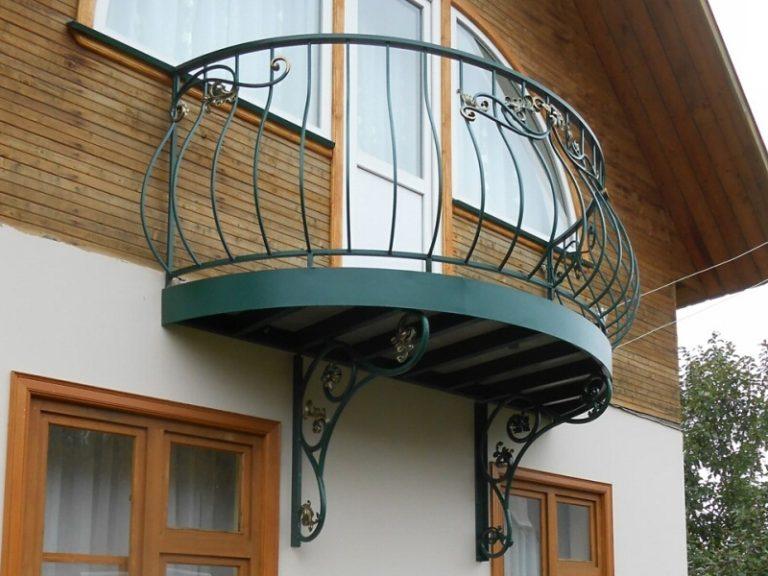 Ковка в саду кованый балкон