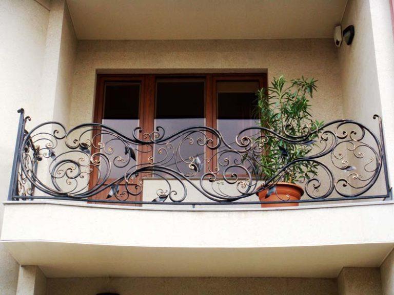 Кованый балкон от Наковали