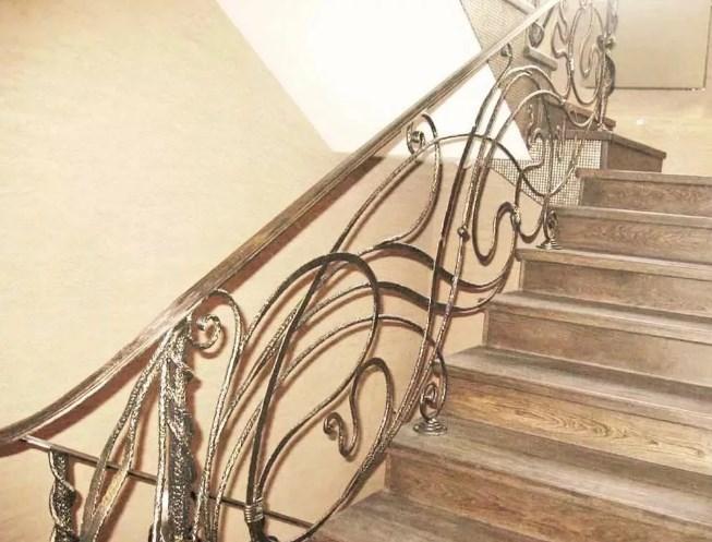 Кованые перила для лестницы золотые цена Наковали