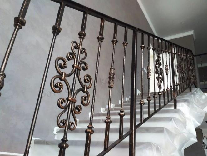 Кованые перила для лестницы Наковали