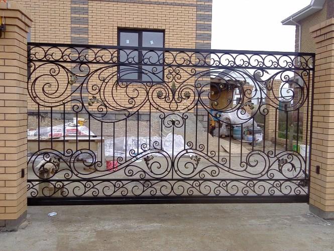 Кованые ворота откатные цена: 12800 руб/м2