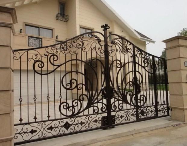Кованые ворота распашные с калиткой №15 Цена: 13800 руб/м2