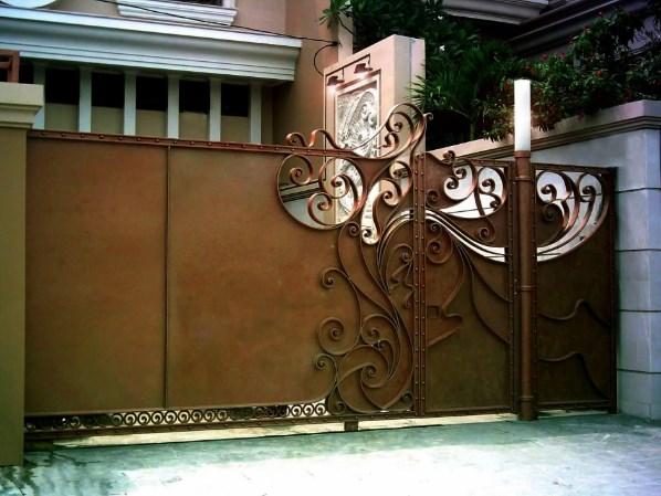 Кованые ворота распашные с калиткой №81 Цена: 11500 руб/м2