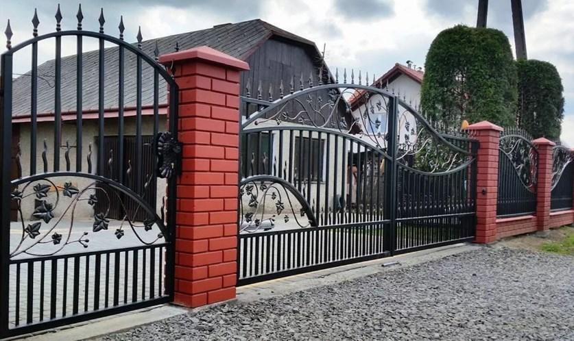 Кован-сварные ворота распашные №61 Цена: 10300 руб/м2