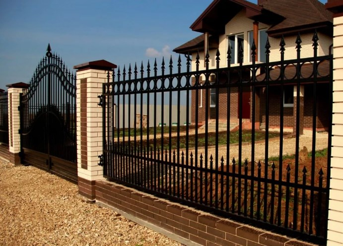 Кован-сварные ворота распашные №53 Цена: 9800 руб/м2