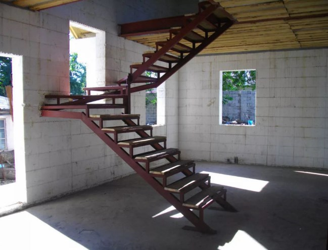 Металлокаркас лестницы цена фото Наковали