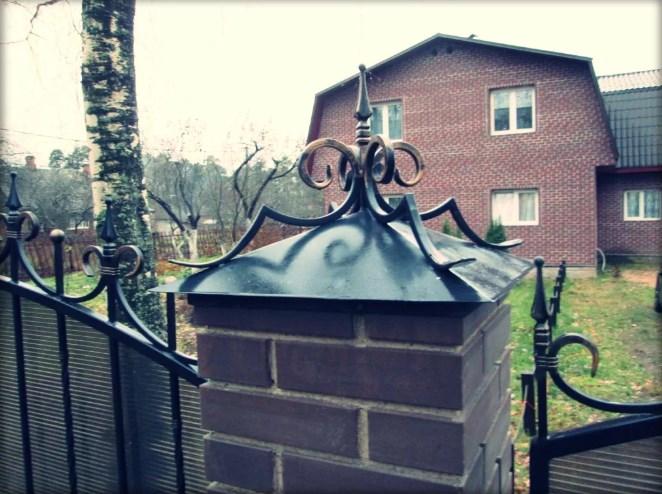 Кованые колпаки на забор от Наковали3