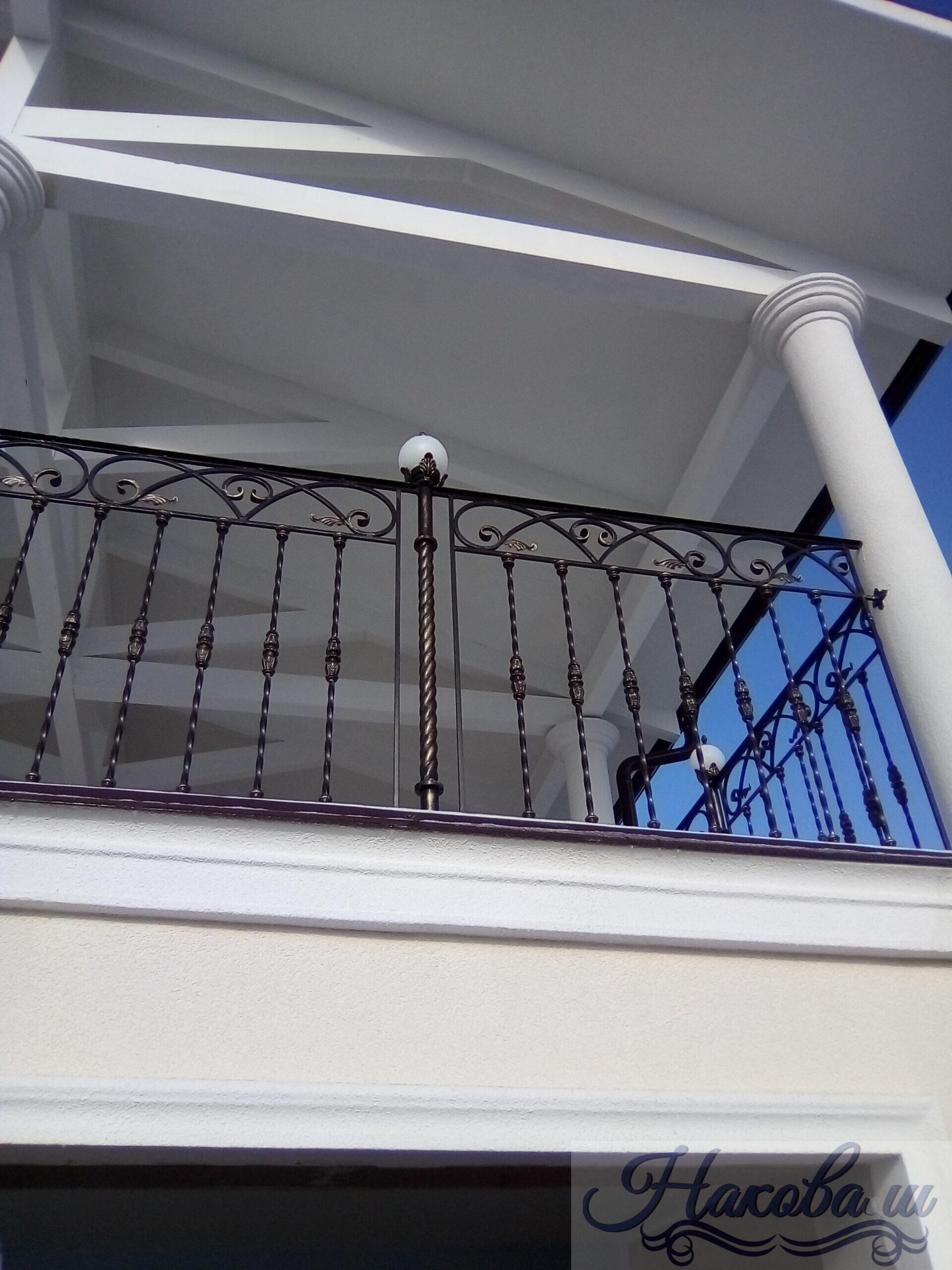 Кованые перила для балкона 016