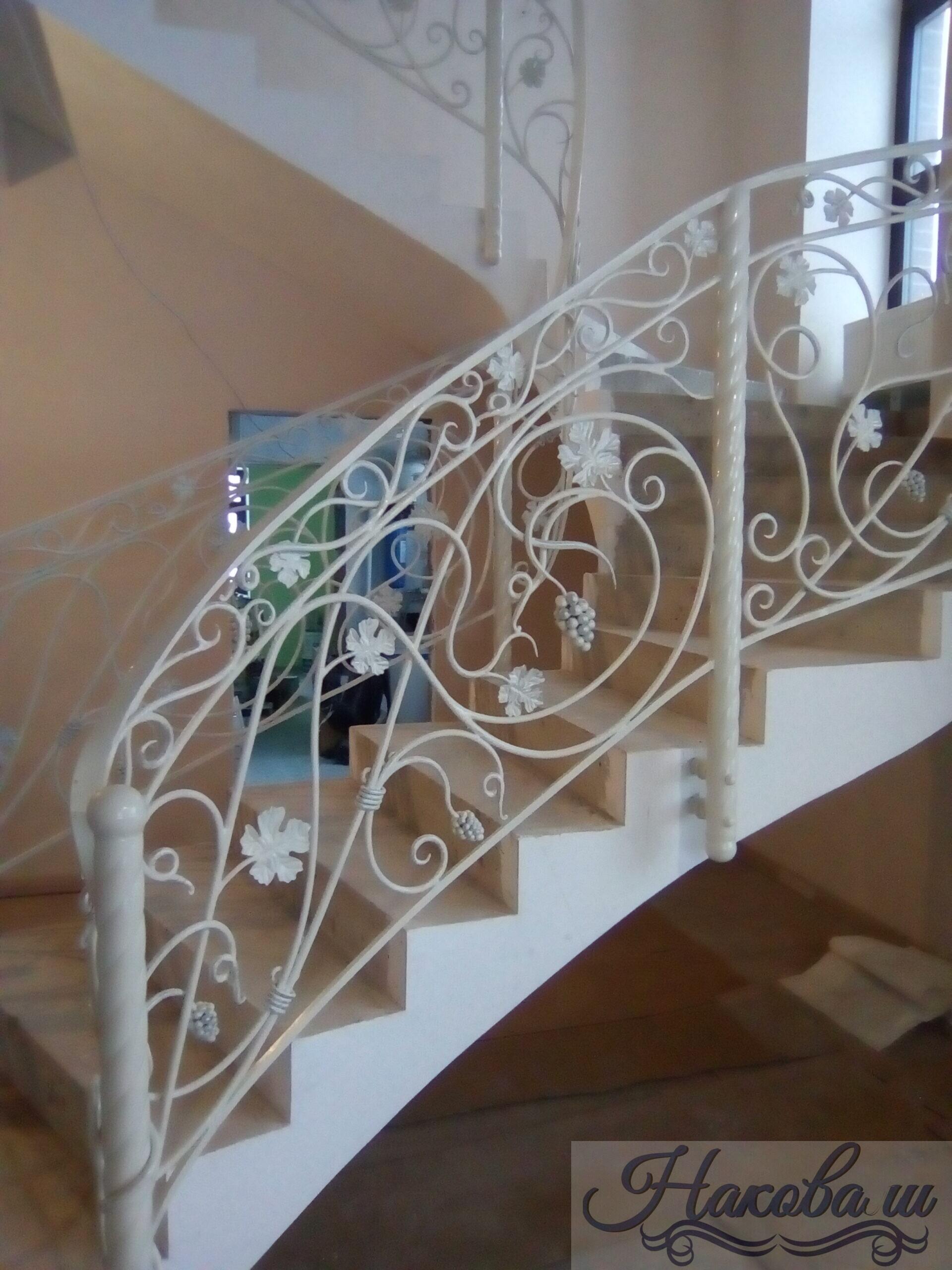 Кованые перила для лестницы 019