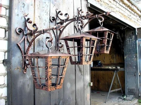 Ковка в саду кованые фонари от Наковали