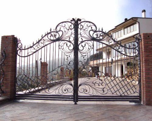 Кованые ворота красивые ручной работы