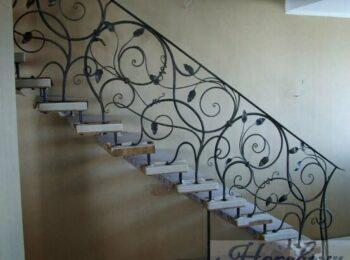 Кованые перила для лестницы 81