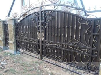 Кованые ворота откатные 59