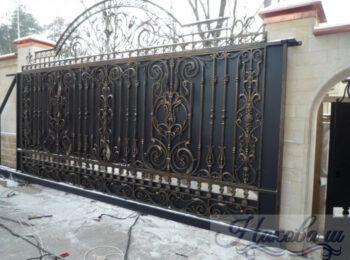 Кованые ворота откатные 60