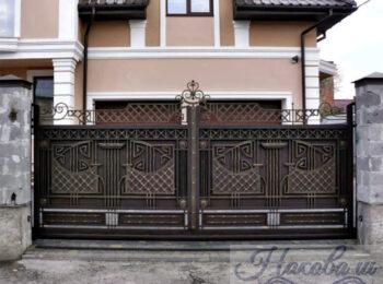 Кованые ворота откатные 62 ковано-сварные ворота