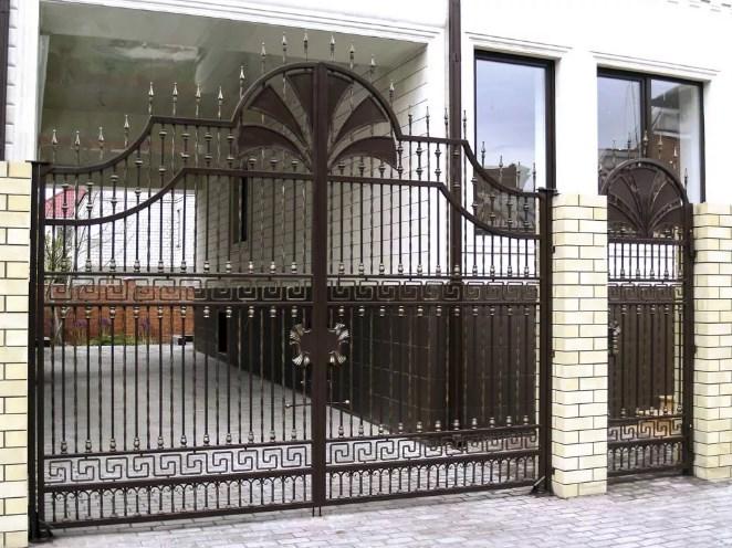 Кован-сварные ворота распашные №53 Цена: 10500 руб/м2