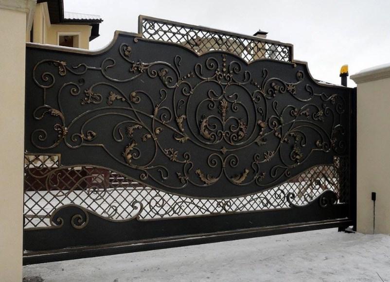 Кованые красивые откатные ворота3