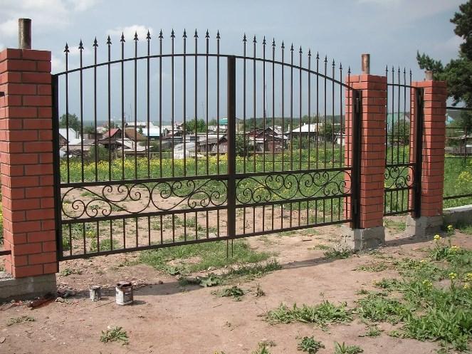 Кован-сварные ворота распашные №59 Цена: 8900 руб/м2