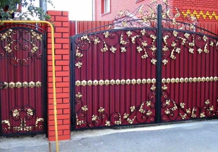 Кованые ворота распашные с калиткой №37 Цена: 11600 руб/м2