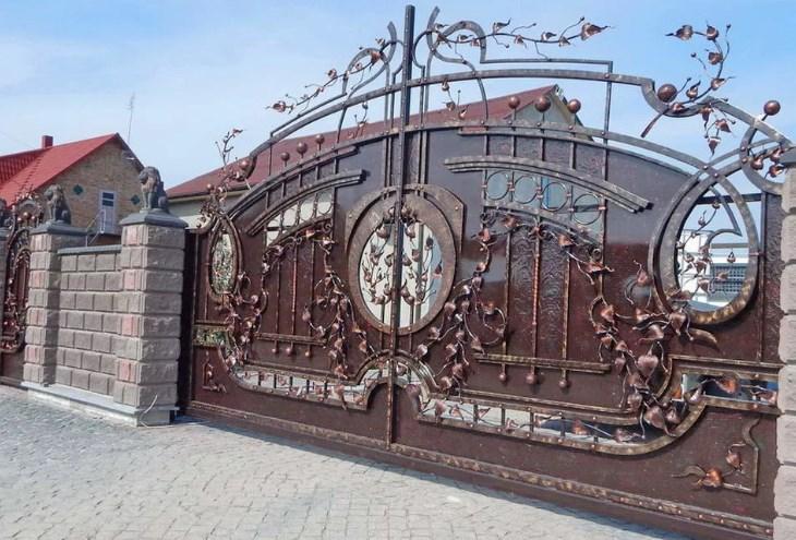 Кованые откатные ворота большие красивые цена Наковали