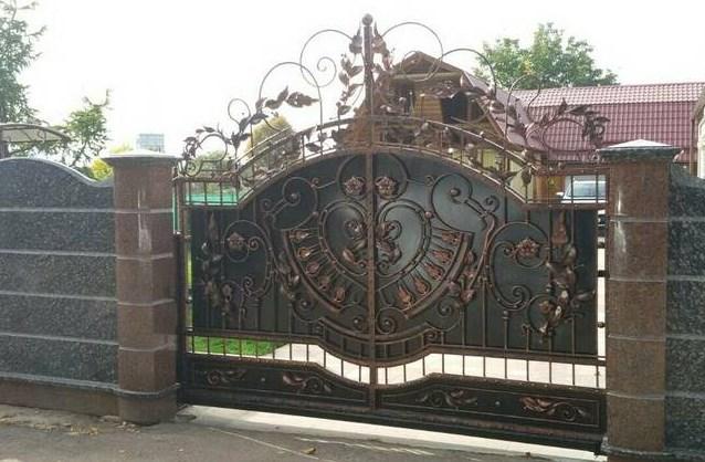 Кованые откатные ворота элитные Наковали