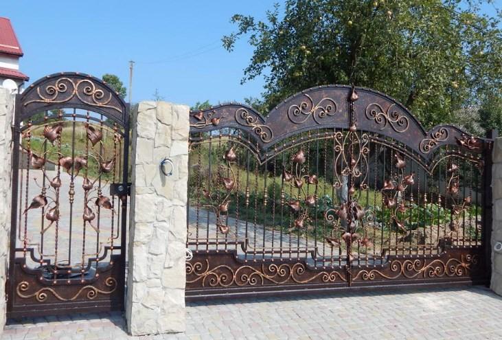 Кованые откатные ворота красивые Наковали