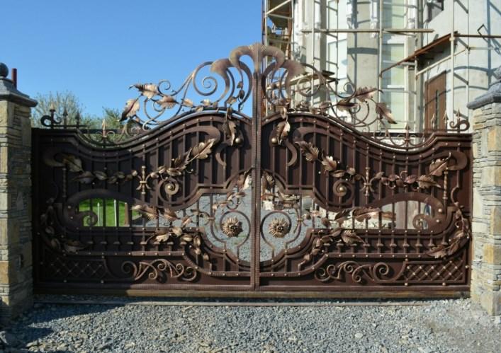 Кованые откатные ворота большие дорогие Наковали