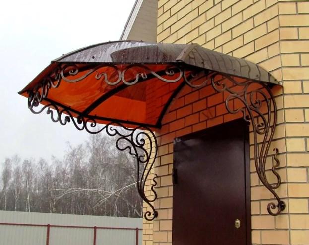 Кованый козырек с шестигранный крышей фото цены от Наковали