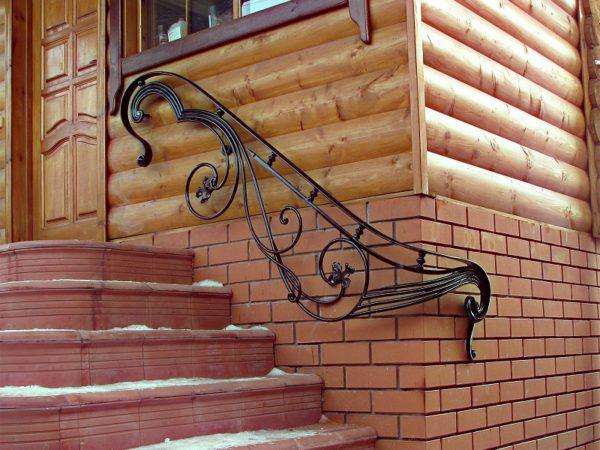 Кованые перила для лестницы на вход от Наковали