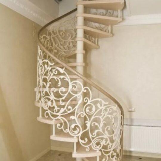 Кованая винтовая лестница белая цена