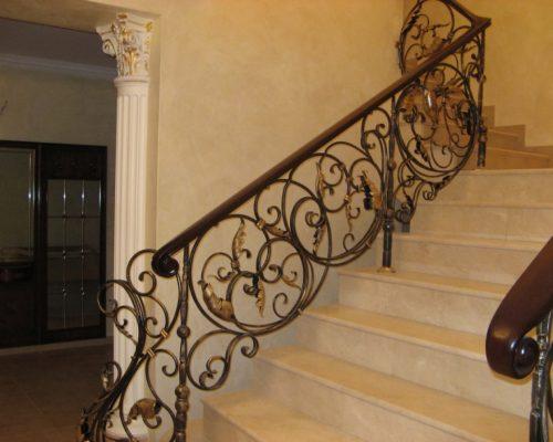 Кованые перила для лестницы 1
