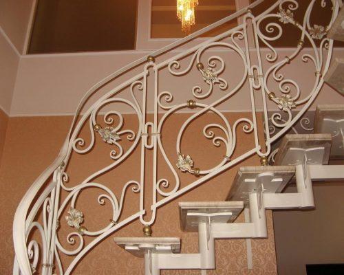 Кованые перила для лестницы 14