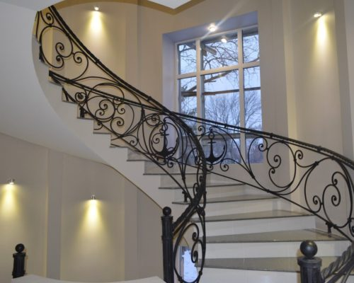 Кованые перила для лестницы 3
