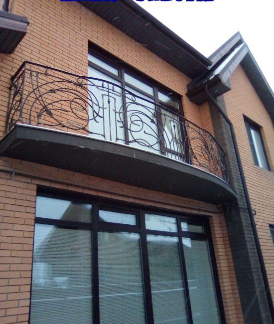 Кованый балкон красиво ручная работа