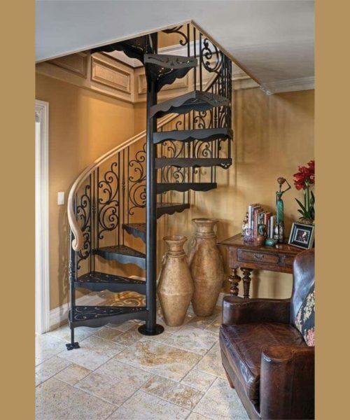 Кованая винтовая лестница в Щекино от Наковали